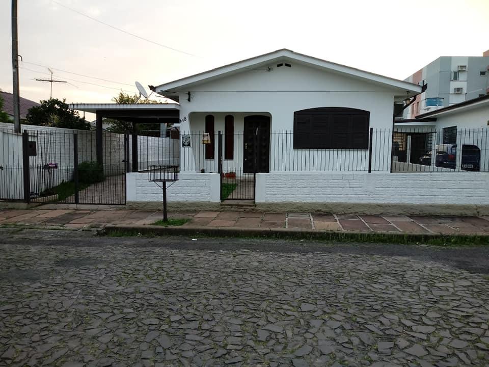 Casa a poucos metros da Bruno de Andrade( Centrinho da Timbaúva)